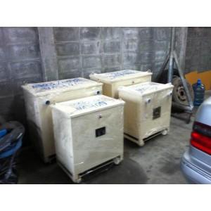 หม้อแปลง input 380/400 VAC  3P  output 200/220   30KVA